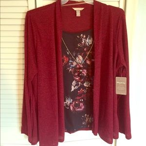 NWT White Stag Burgundy & Black Floral 2-in-1 Top